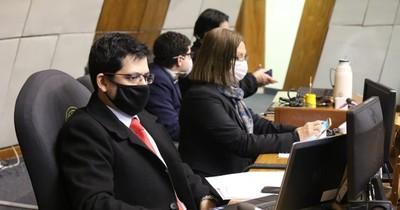 Comisión analiza blindar presupuesto de Salud