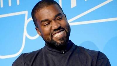 El cantante Kanye West se comprometió a hacerse cargo de la educación universitaria de la hija de George Floyd