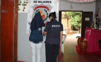 Acusan a mujer que ayudó en fuga de su pareja tras asalto en Minga