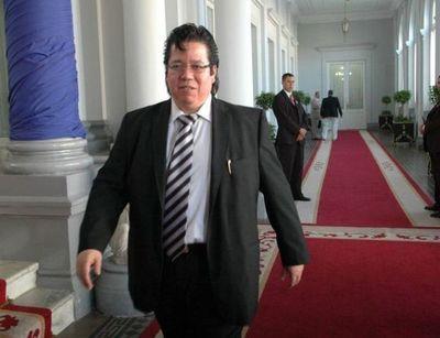 Jueza impuso medidas alternativas a la prisión a excontralor