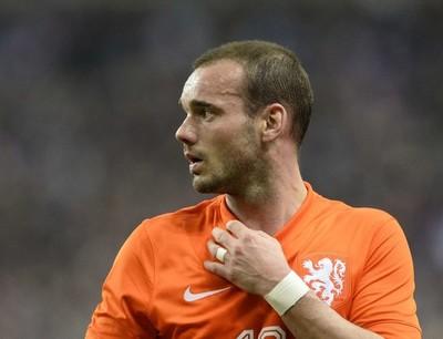 Sneijder considera que habría estado a la altura de Messi y Cristiano