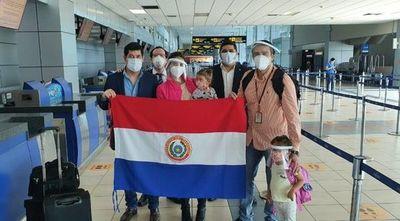 Unos 106 compatriotas llegaron del extranjero
