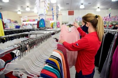 Recuerdan que el Estado recauda menos con la caída de ventas