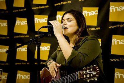 """Cantautora paraguaya que triunfa en España presentará su disco """"Ahora"""" en Paraguay"""
