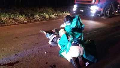 Choque frontal entre motos deja un muerto y un herido grave