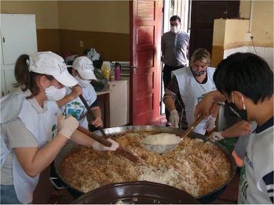 Brindan almuerzo para 250 personas en Encarnación