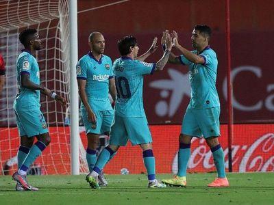 Barcelona golea y mete presión al Real Madrid