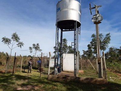 Inicia proyecto de construcción de 30 sistemas de agua para comunidades campesinas