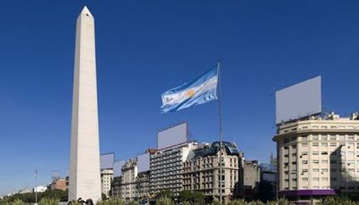 Ascienden a más de 800 las muertes por coronavirus en Argentina