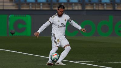 Ramos escala en la tabla histórica de defensores goleadores en España