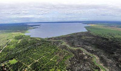 Urgen medidas para que el lago Ypacaraí recupere su caudal