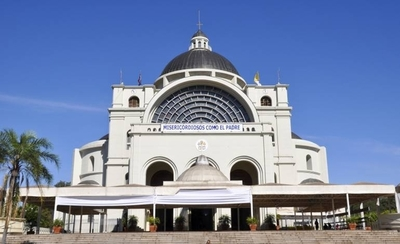 HOY / Basílica de Caacupé: Devotos deben agendarse para participar de celebraciones