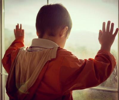 ¿Los niños se deprimen porque no pueden salir de sus casas?