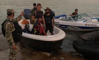 Detienen a dos libaneses y un brasileño intentando ingresar por el río