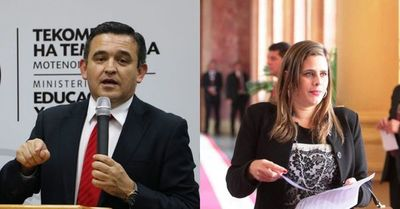 Picante cruce entre Petta y Kattya González
