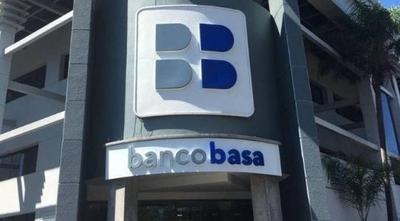 HOY / BASA lanza una línea de crédito para profesionales independientes