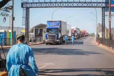 RF aclara que cota de compras de USD 500 no rige debido al cierre de fronteras