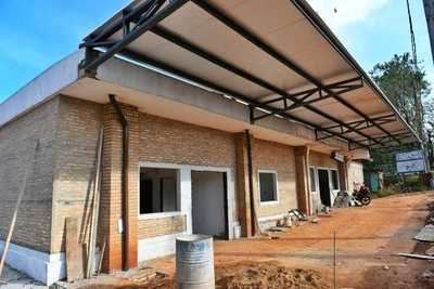 Obras en hospital de Franco presentan un 70 % de avance