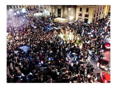 Criticas por las aglomeraciones en Nápoles tras la victoria de la Copa Italia