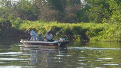 El MADES advierte que la pesca deportiva está prohibida