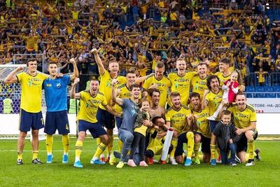 Los casos positivos amenazan reanudación de liga rusa