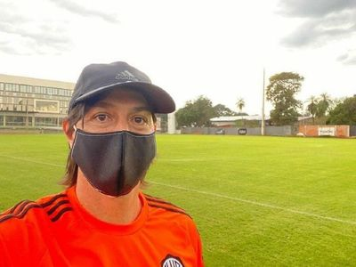 Garnero ya trabaja al frente del plantel de Olimpia