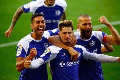 La Real Sociedad cae 2-0 ante el Alavés
