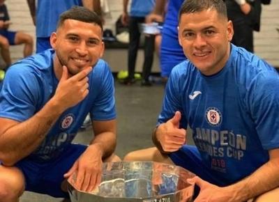 HOY / Más positivos en el Cruz Azul de Aguilar y Escobar