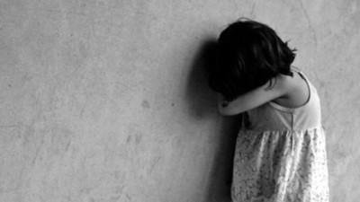 Investigan caso de una niña que fue maniatada en Ciudad del Este