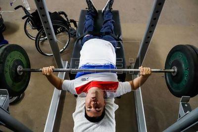 Una medalla en Tokio, el sueño del equipo paraguayo de para powerlifting