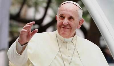 """El papa elogia al personal sanitario, """"ángeles"""" al lado de enfermos"""