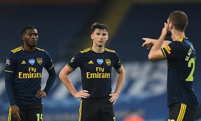 Futbolistas del Arsenal dieron positivo al COVID-19 y jugaron ante el City