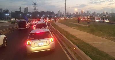Alta participación ciudadana en caravana contra la corrupción en Asunción y ciudades del interior