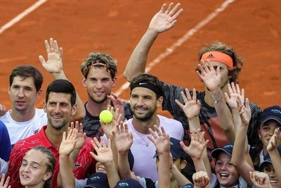 HOY / El regreso a la normalidad de Djokovic estalla en una ola de contagios