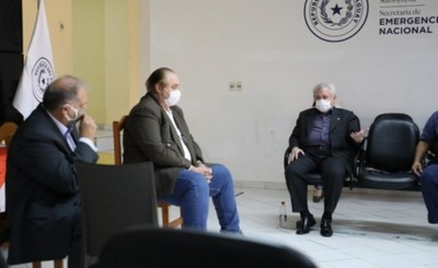"""Gobernador pide que los ministerios """"aterricen"""" en el Alto Paraná"""