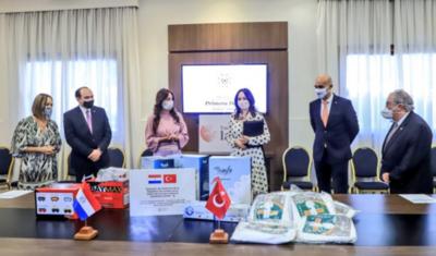 HOY / Llegan los insumos médicos provenientes del gobierno de Turquía