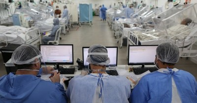 EEUU registra más de 120.000 muertos por COVID-19