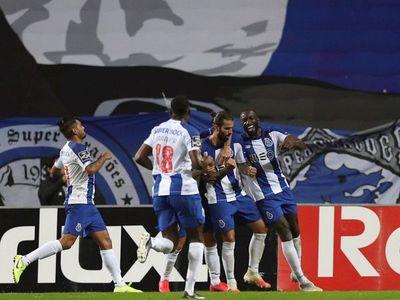 El Porto golea al Boavista y es líder en solitario