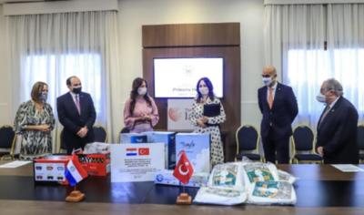 Gobierno de Turquía donó más de 281.000 insumos médicos al Ministerio de Salud