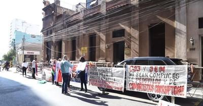 Bareiro de Módica dijo que no se puede obrar con violencia en las protestas