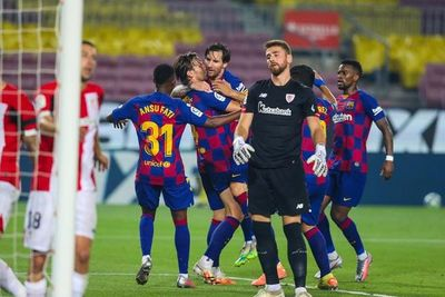 Rakitic mantiene con vida al Barça