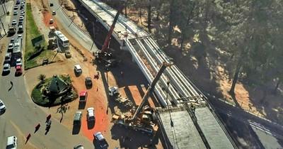 MOPC colocó las últimas vigas del viaducto de 460 metros en la zona del Botánico