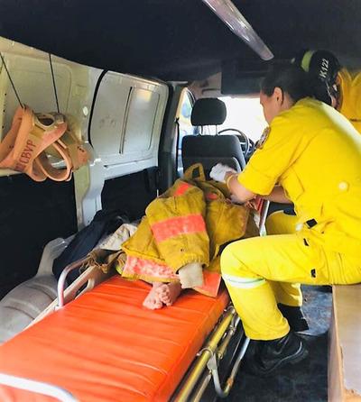 Niño de 4 años cae a un pozo y es rescatado por su padre