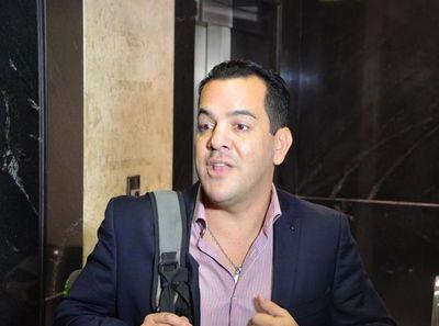 Contralor confirmó que el ministro Friedmann está bajo investigación