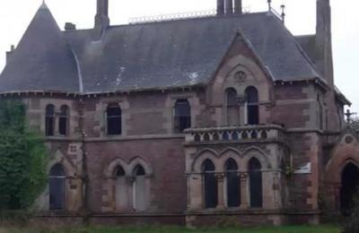 En Escocia están subastando esta mansión en una libra esterlina