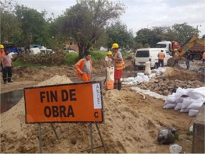 Un obrero quedó herido tras recibir descarga eléctrica en Asunción