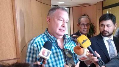 "Silva Facetti supera ""récord"" del vicepresidente con enriquecimiento de 1.372%"