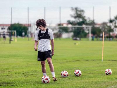 Los jugadores mejores cotizados del fútbol paraguayo