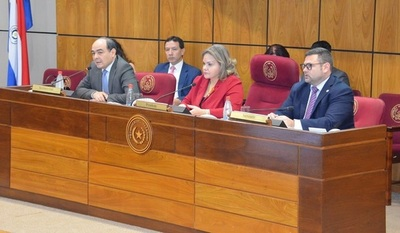 Comisión asesora presentó informe de gestión a la presidencia del Senado