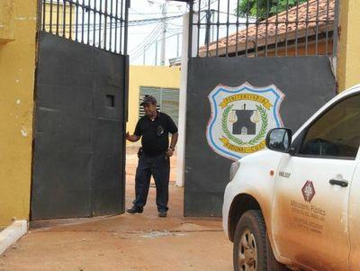 """Reclusos de penal de CDE: """"COVID-19 no existe"""""""